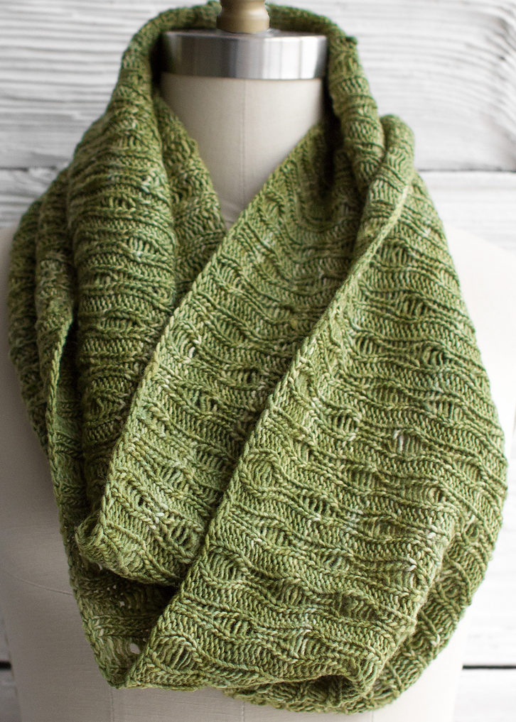 Free Knitting Pattern for Easy Eternidad Scarf