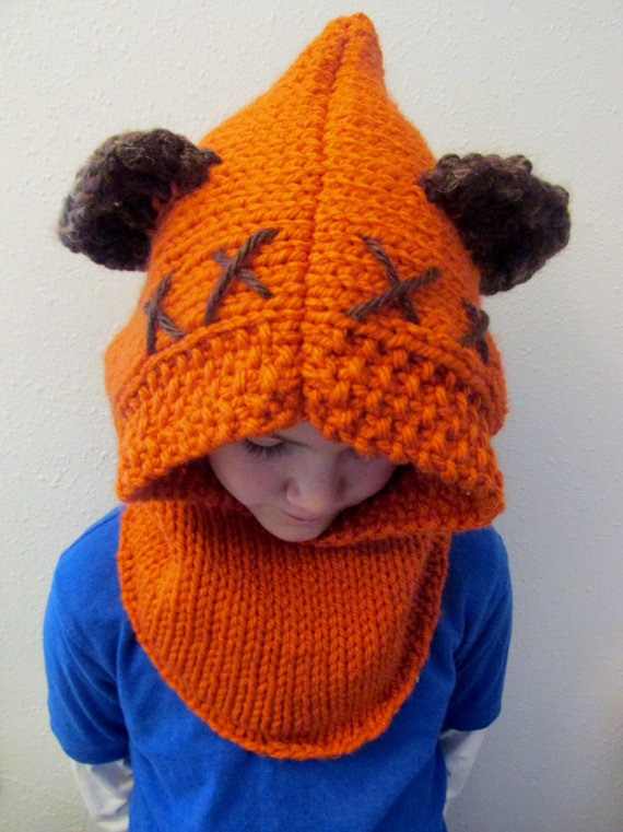 Knitting pattern for Ewok hood cowl