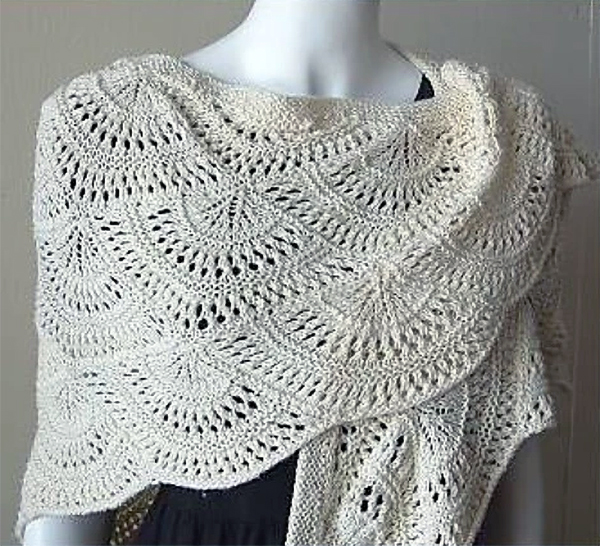 Panda Silk DK Fan Shawl Free Knitting Pattern | 12 Free Shawl Knitting Patterns at www.terrymatz.biz/intheloop