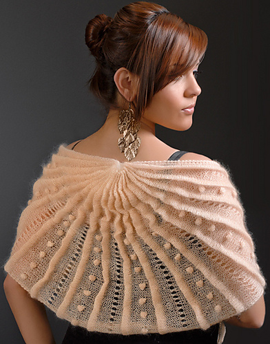 Fanned Three-Fan Shawl Knitting Pattern and more textured shawl knitting patterns at http://intheloopknitting.com/textured-shawl-knitting-patterns/