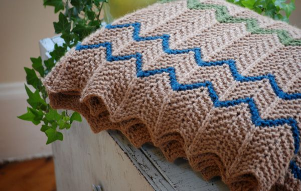 Free knitting pattern for Farmhouse Afghan and more chevron knitting patterns