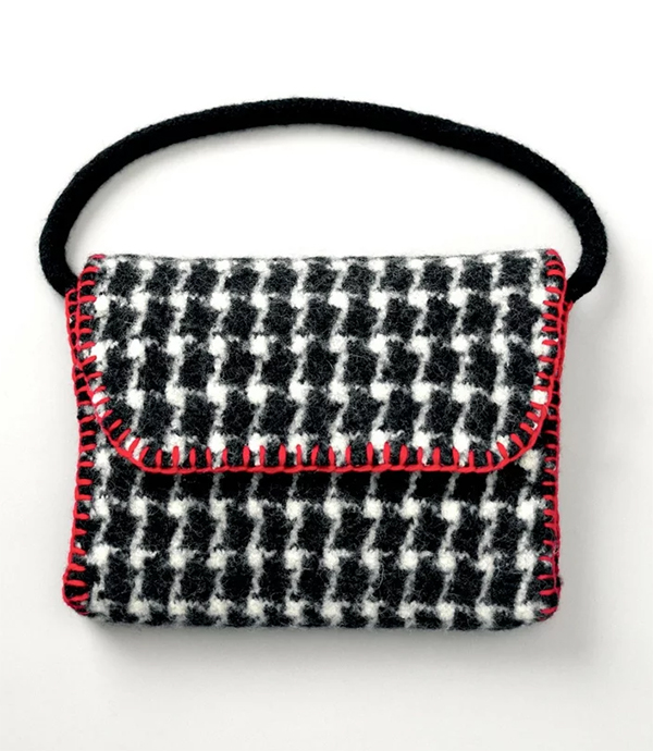 Knitting Pattern for Felted Houndstooth Bag