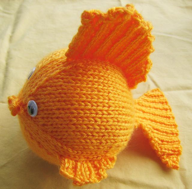 Free knitting pattern for Goldfish toy and sea creature knitting patterns