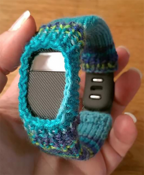 Free Knitting Pattern for Fitbit Cover