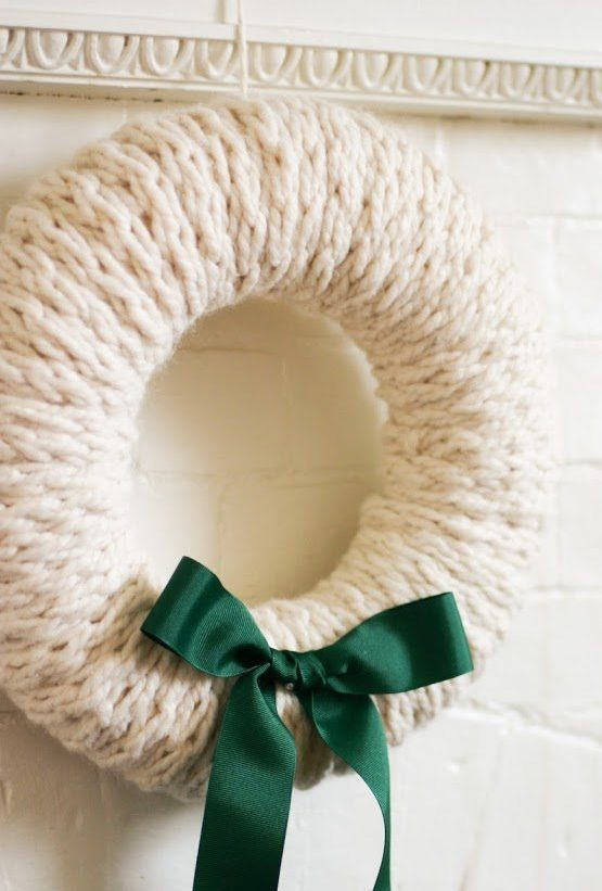 Free Knitting Pattern for Finger Knit Wreath