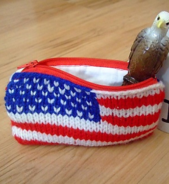 Free knitting pattern for Patriotic flag purse