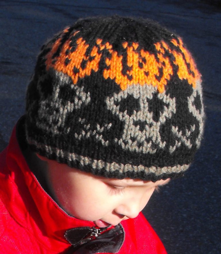 Knitting pattern for Flaming Skulls Hat