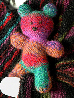 Foliage Teddy Bear Free Knitting Pattern | Favorite Bear Knitting Patterns including Teddy Bears, Paddington Bear, Koala Bear - many free patterns