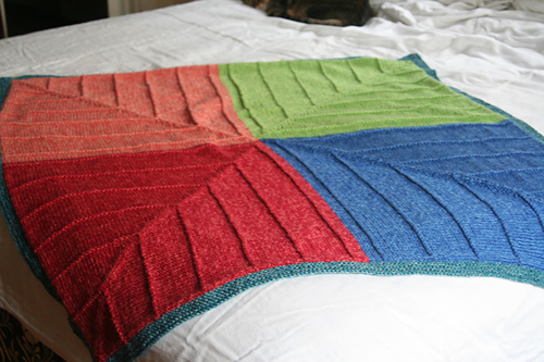 Free knitting pattern for Four Corners Baby Blanket mitred modular blanket
