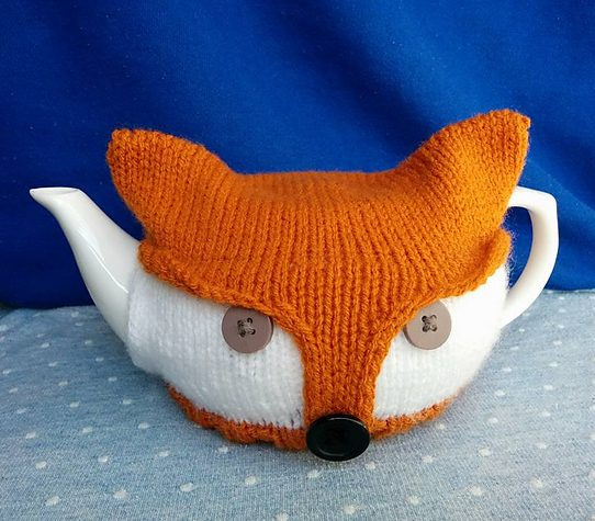 Free knitting for Fox Tea Pot Cozy