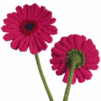 long stem gebera daisy Flower Free Knitting Pattern | Flower Knitting Patterns, many free patterns at http://intheloopknitting.com/free-flower-knitting-patterns/