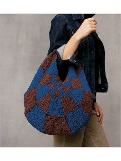 Geometric Purse Knitting Pattern | Free Knitting Patterns for Bags, Purses, and Totes at https://intheloopknitting.com/bag-purse-and-tote-free-knitting-patterns/