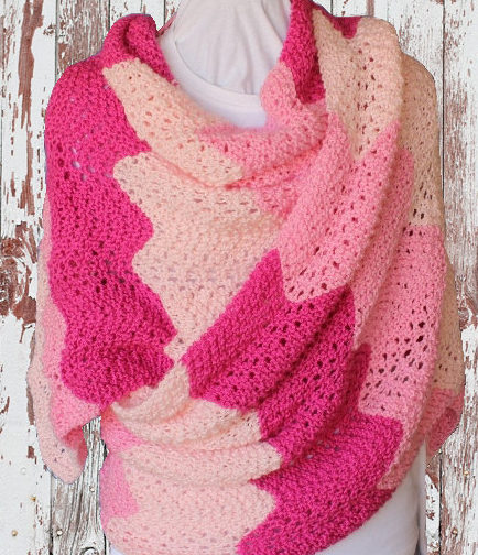 Knitting Pattern for 4 Row Repeat Gradient Lace Shawl