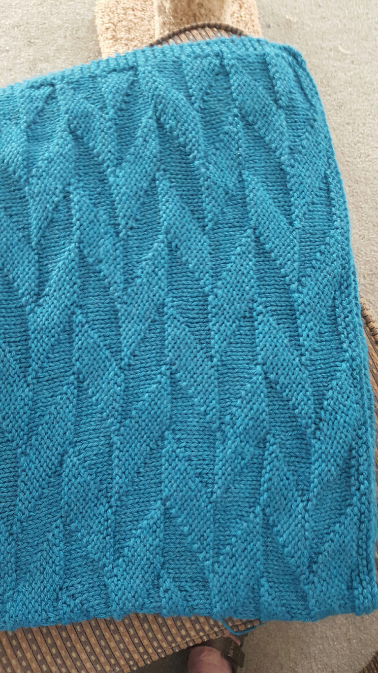 Free Knitting Pattern for Easy Graphic Afghan