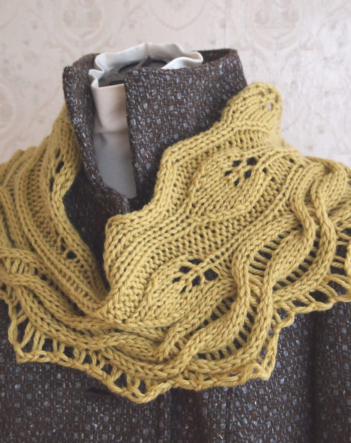 Knitting Pattern for Green Leaves Cowl