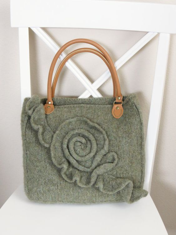 Knitting Pattern for Green Rose Purse