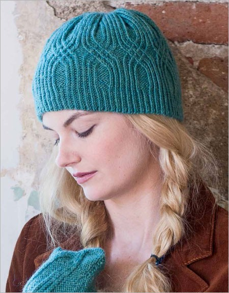 Knitting pattern for Hallgrim Hat and Mittens