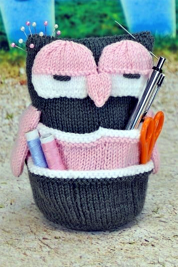Knitting pattern for Handy Owl
