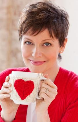 Valentine Mug Hug Free Knitting Pattern and more cosy knitting patterns
