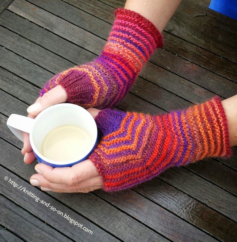 Free Knitting Pattern for Hexagon Mitts