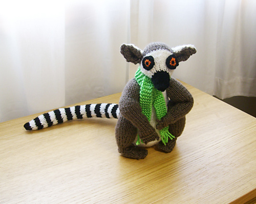 Free knitting pattern for Lemur and more wild animal knitting patterns