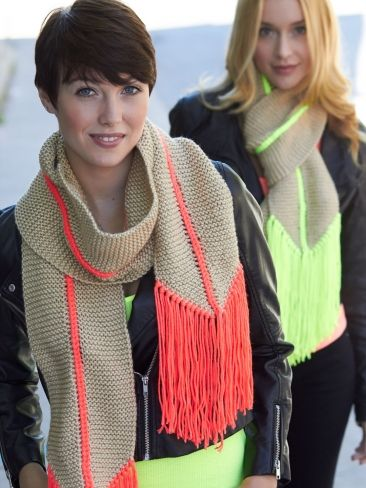Free knitting pattern for Hot Point Scarf and more colorful scarf knitting patterns