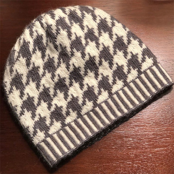 Free Knitting Pattern for Houndstooth Slouch