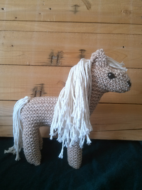 Hpw to Knit a Horse