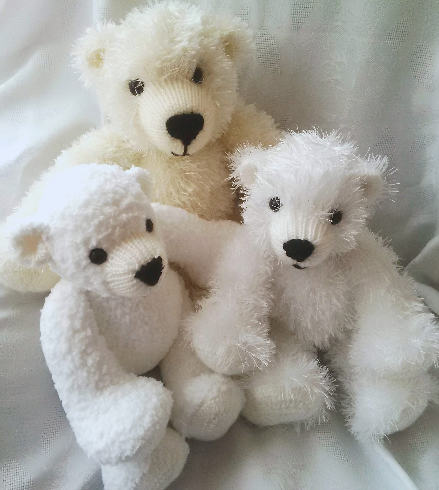 Knitting Pattern for Huggable Polar Bears
