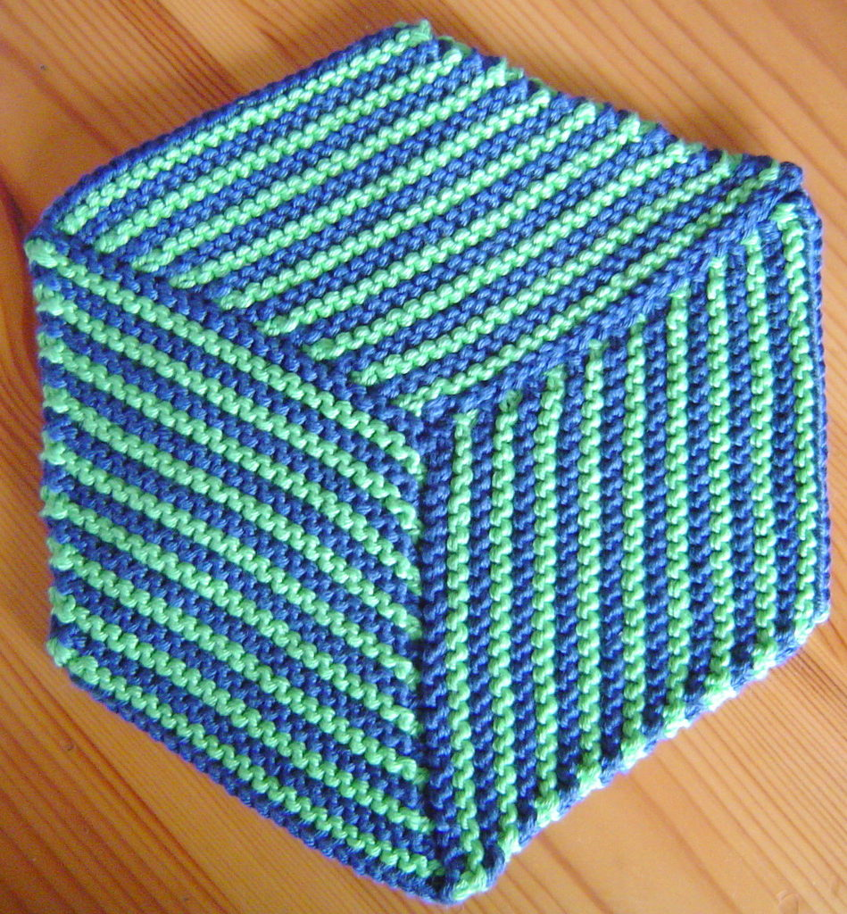 Free Knitting Pattern for Optical Illusion Cloth