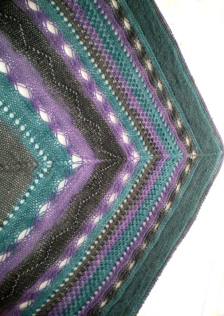 Free Knitting Pattern for Indian Inspiration Shawl