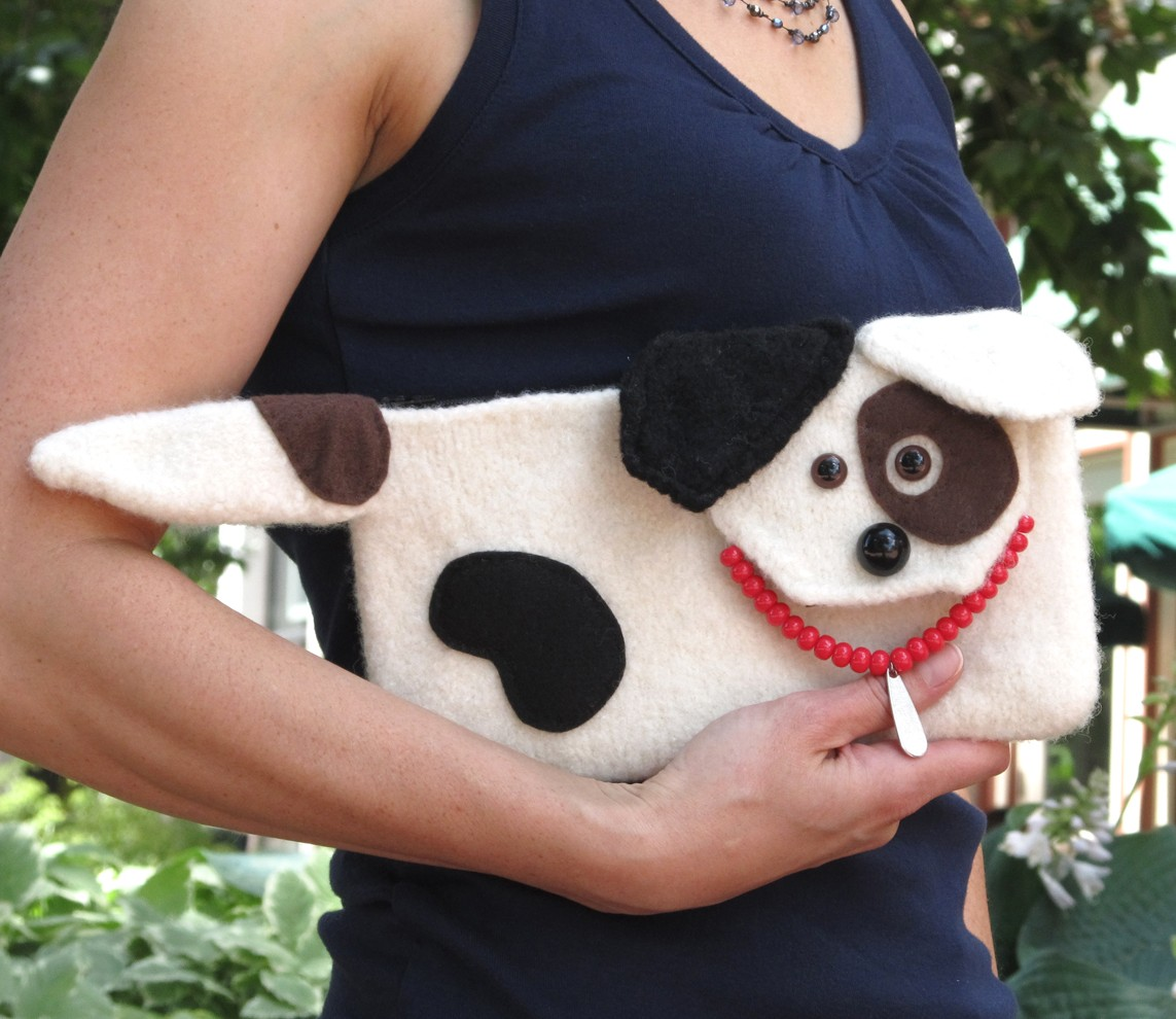 Free knitting pattern for Jack Russell Clutch dog purse knitting pattern and more dog knitting patterns