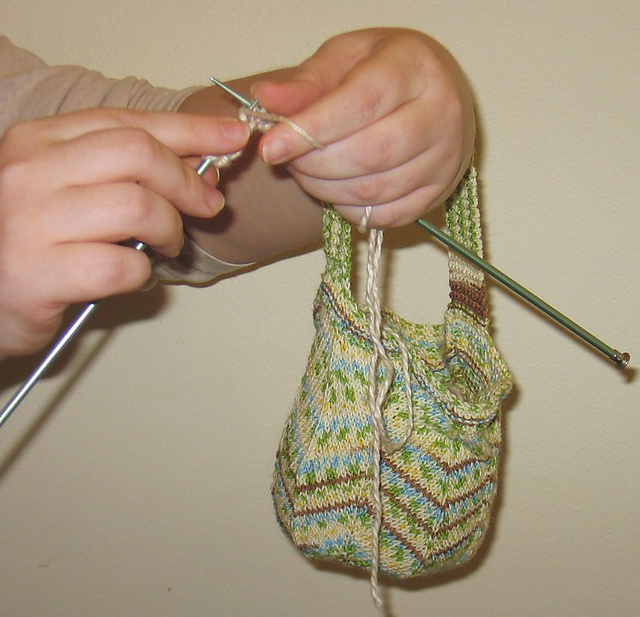 Free knitting pattern for Jaywalker Wrist Yarn Holder