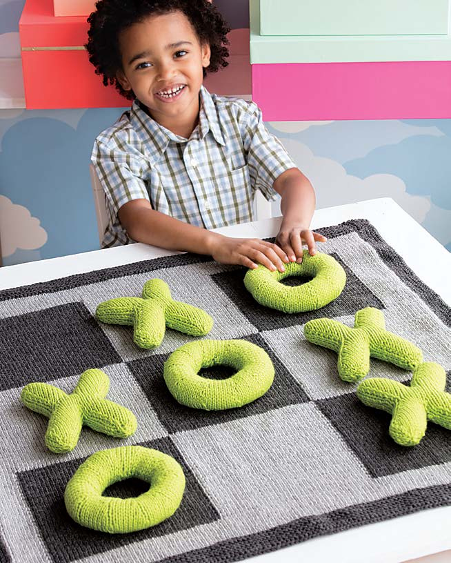 Knitting Pattern for Jumbo Tic-Tac-Toe