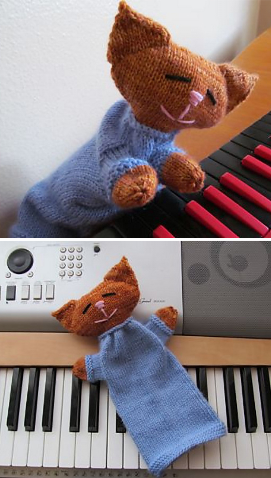 Free Knitting Pattern for Keyboard Cat Puppet