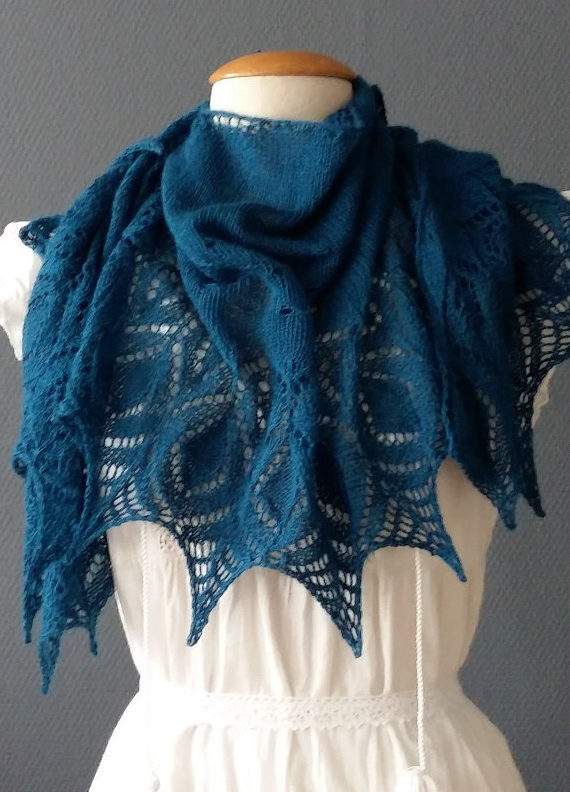 Knitting Pattern for Kitten One Skein Shawl