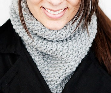 Free knitting pattern for One Skein, One Night, Seed Stitch Tall Cowl and more quick cowl knitting patterns