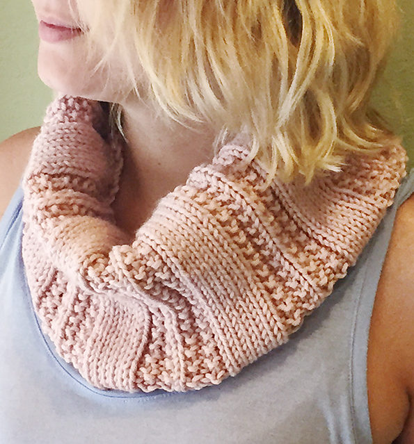 Free Knitting Pattern for Knit Purl Textured Cowl