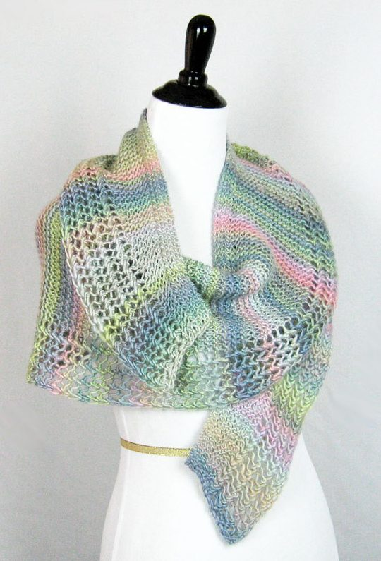 Knitting pattern for easy Lacy Crescent Shawl