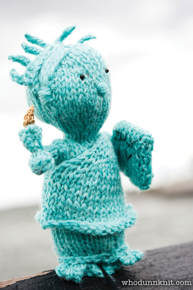 Knitting Pattern for Lady Liberty Toy Softie