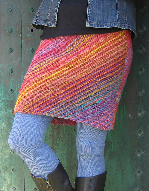 Free knitting pattern for Lanesplitter Skirt