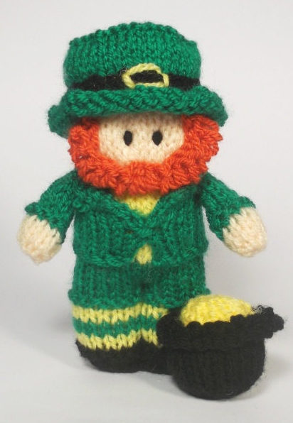 Knitting Pattern for Leprechaun Bitsy Doll