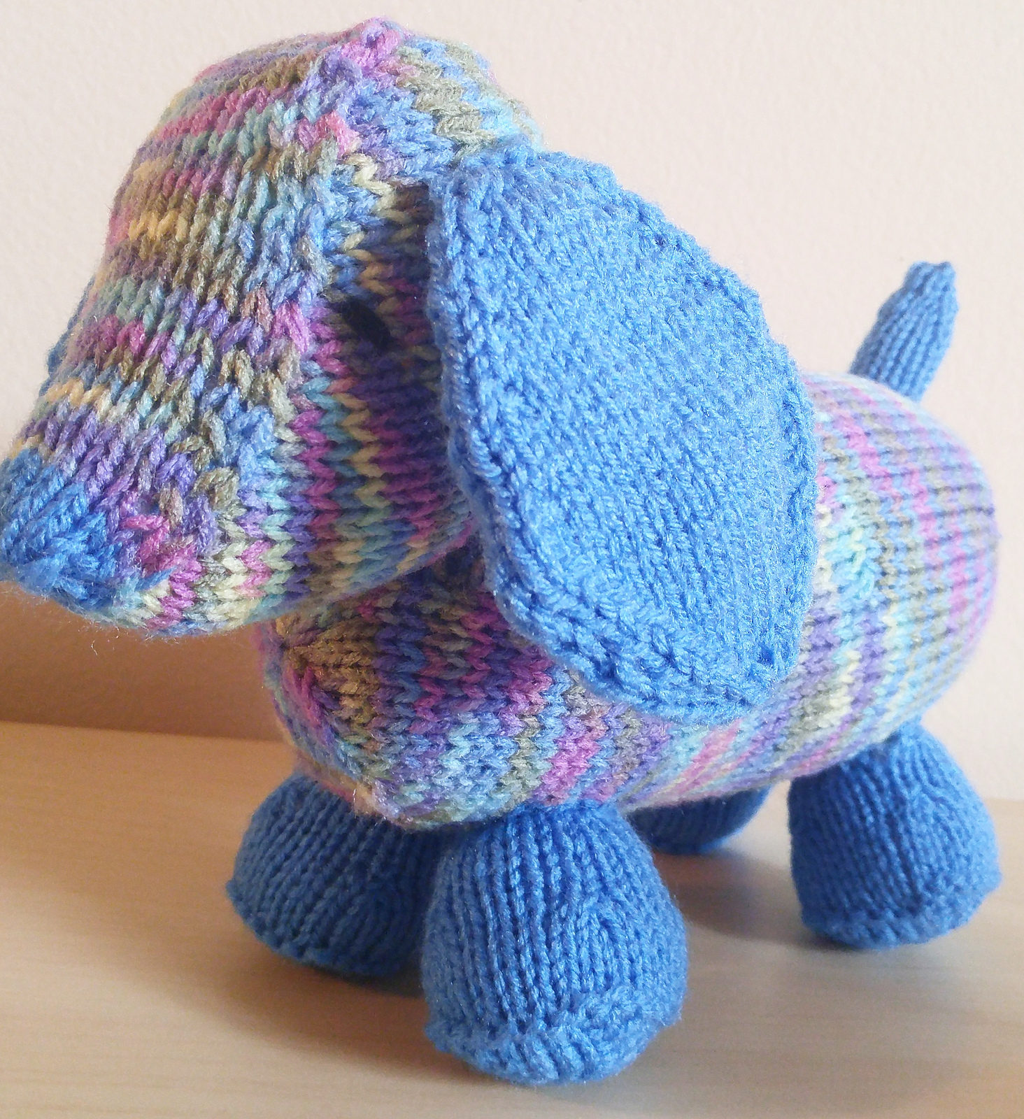 Free Knitting Pattern for Luis The Long Puppy