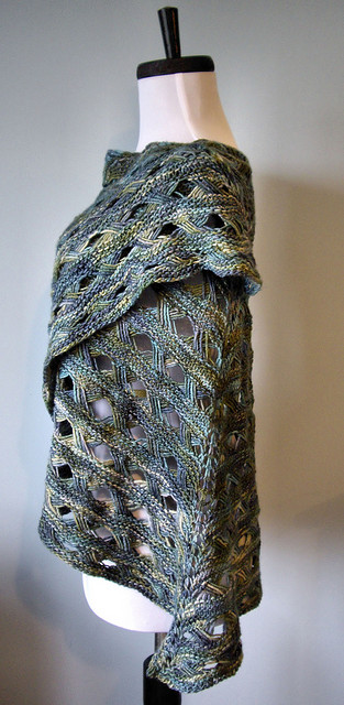 Maja Shawl Free Knitting Pattern