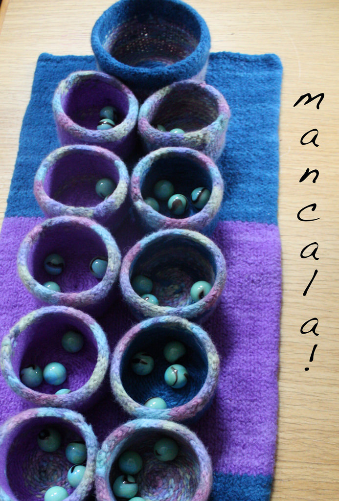 Free knitting pattern for Mancala game