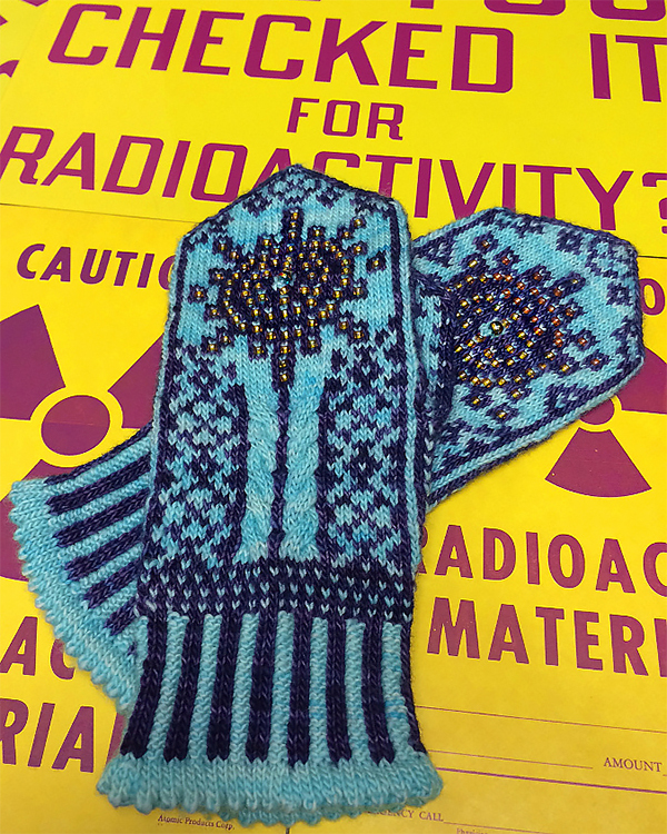 Knitting Pattern for Marie Curie Mittens