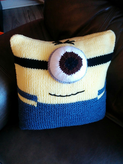 Free knitting pattern for Minion Cushion pillow