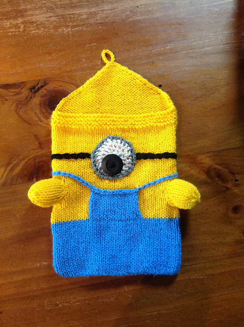 Free knitting pattern for Minion iPad Cozy