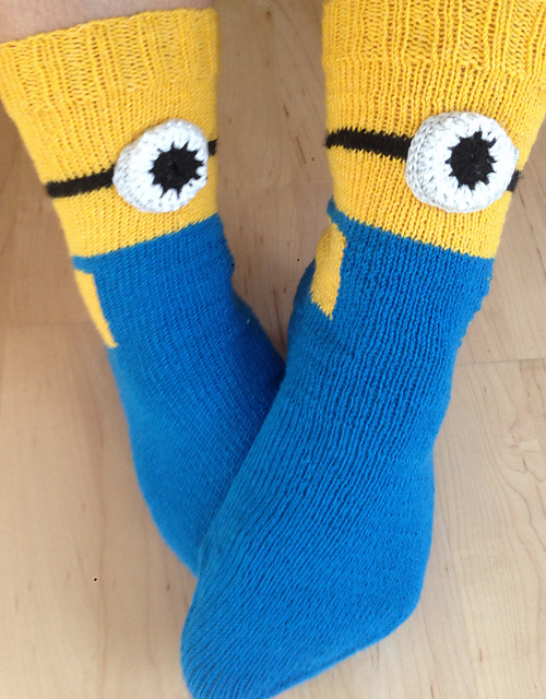 Free knitting patterns for Minion Socks