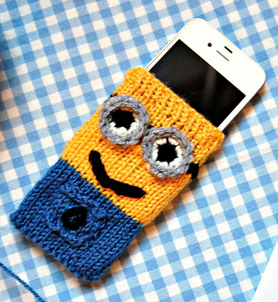 Free Knitting Pattern for Minion Cell Phone Cover